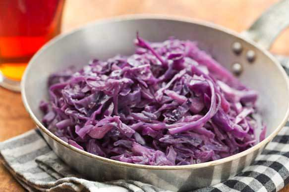 Beer Braised Red Cabbage