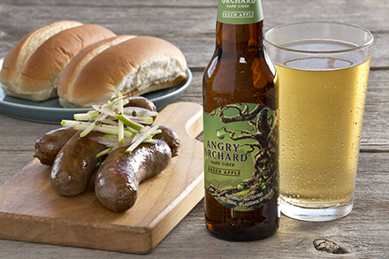 green apple cider braised bratwurst